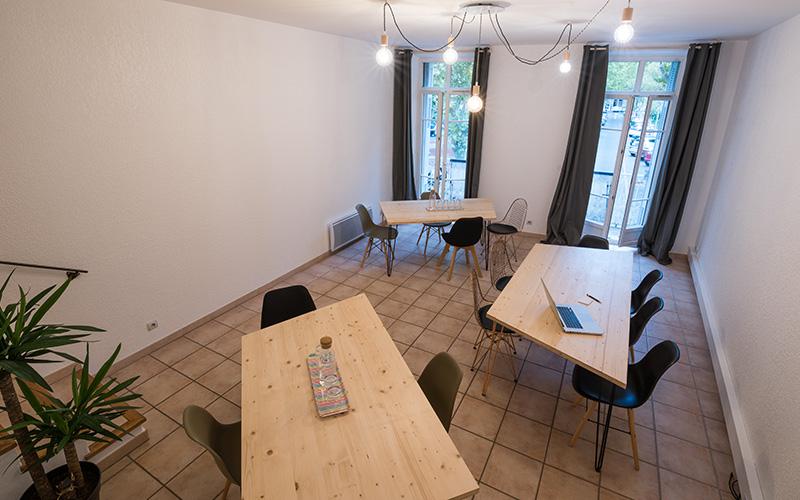 charles-working-location-de-salle-de-reunion-a-salon-de-provence-3
