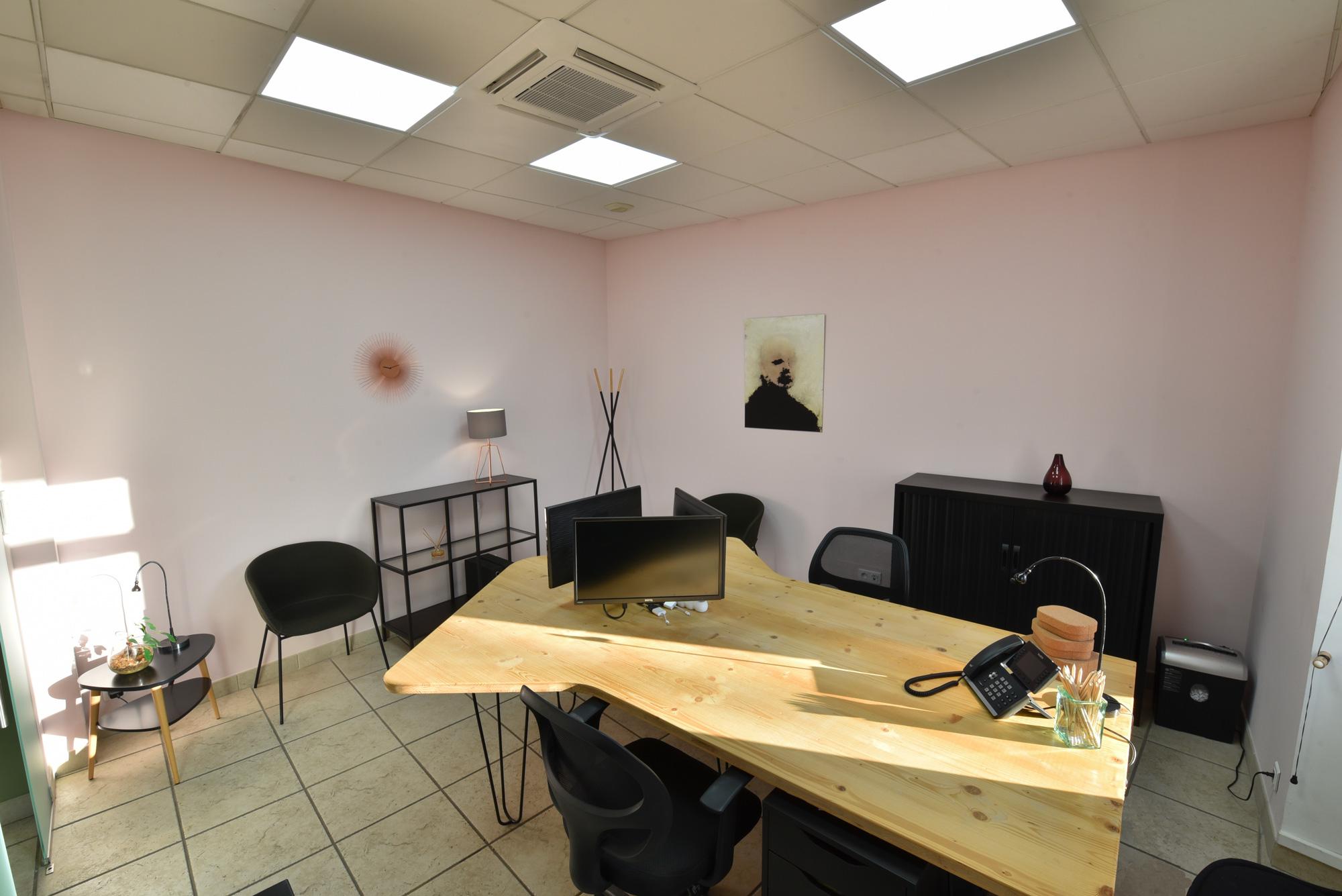 charles-working-rdc-salle-de-reunion-petite-000